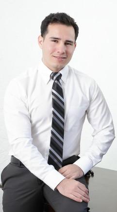 Alejandro portrait